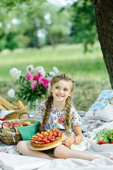 kids on picnic